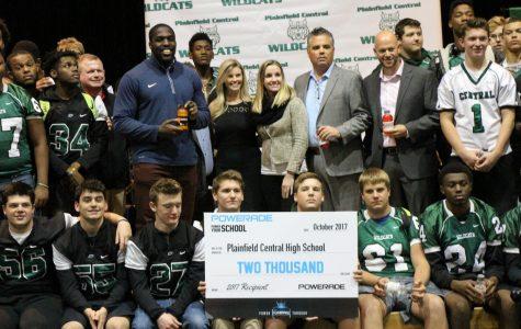 NFL Sam Acho motivates school