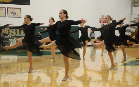 Poms pushing for spot in state