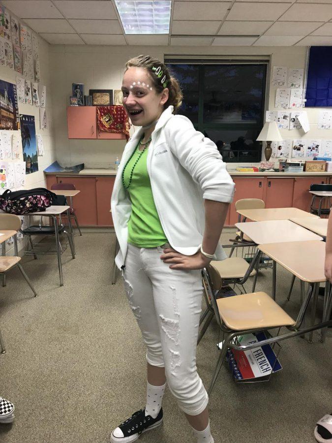 Sophomore Kelly Fitzgerald spreading that wildcat spirit