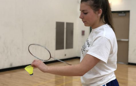 Girls badminton smashes way into season