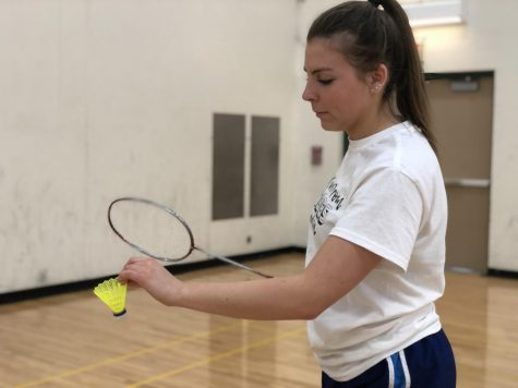 Girls badminton smashes way into season